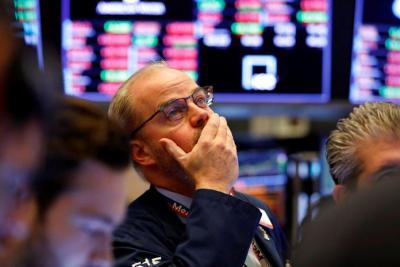 Dow Jones giảm 3 tuần liên tiếp