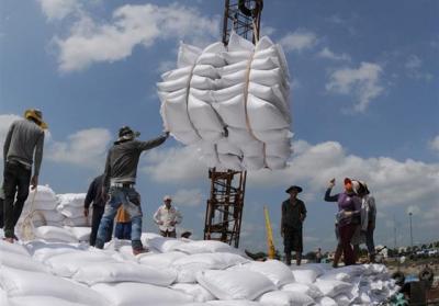 Hàng trăm ngàn tấn gạo nhập khẩu từ Ấn Độ tiêu thụ ở đâu?